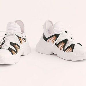🆕 FP Sneakers